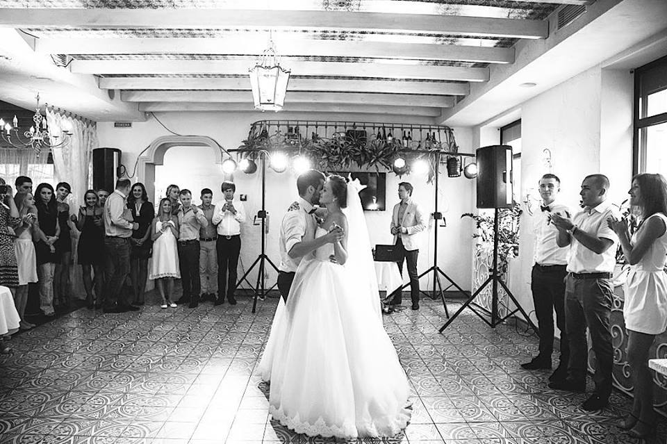 Песни для первого танца молодоженов на свадьбу 2017